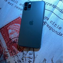 iPhone 11 XMax 64gb for Sale in Queens,  NY