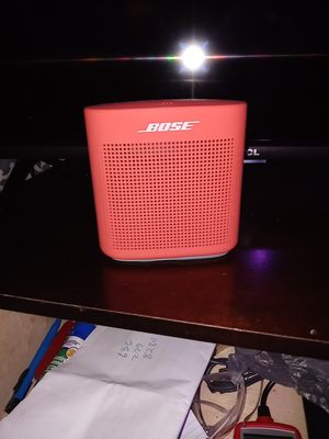Bose Sound speaker Color 2 for Sale in St. Louis, MO