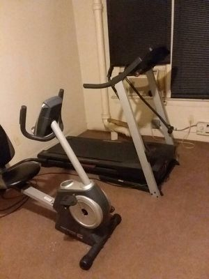 Treadmill and exercise bike very good condition for Sale in Cleveland, OH