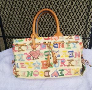 Dooney & Bourke purse for Sale in Johnstown, OH