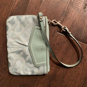 Coach Wristlet for Sale in Puyallup, WA