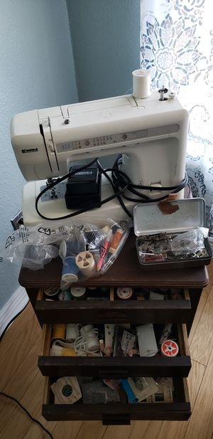 Sewing machine with a lot sewing tools for Sale in Peoria, AZ