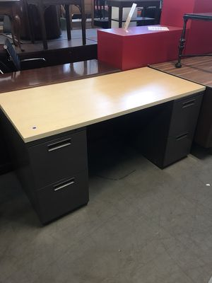 5' Double Pedestal Desk for Sale in Cleveland, OH