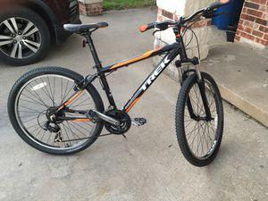 Trek 3500 mountain bike for Sale in Dallas, TX
