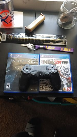 NBA 2k19 & Injustice 2 & Sony PS4 Controller for Sale in Gulfport, MS