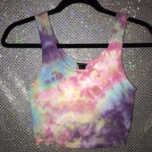 Forever 22 crop top tie dye for Sale in Hacienda Heights, CA