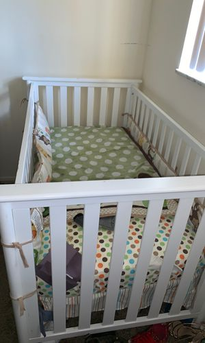 Baby Crib for Sale in Florissant, MO