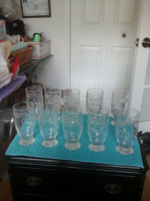 "(10) set vintage embossed Walt Disney drinking glass collection 5.5"" T N/Mint condition for Sale in Port Charlotte, FL"