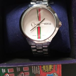 Gucci Mens Stainless Steel watch for Sale in Anaheim, CA