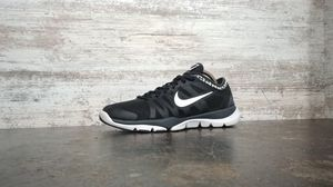 SZ 8 WOMENS NIKE FLEX SUPREME TR 3 RUNNING SHOES for Sale in Cuyahoga Falls, OH