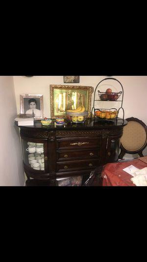 Display cabinet for Sale in Herndon, VA