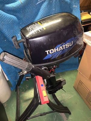 Tohatsu 5 hp long shaft outboard motor for Sale in Seadrift, TX