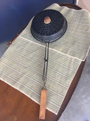 Template Industries campfire popcorn popper for Sale in Kirkland, WA