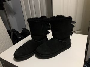 Uggs boots size 8 for Sale in Grand Prairie, TX