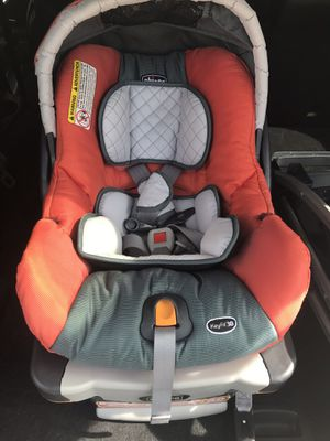 """Chicco Car Seat, Base and Stroller """"Key Fit"""" Caddy for Sale in Orlando, FL"""