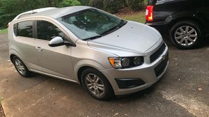 2015 Chevy sonic for Sale in Philadelphia, PA