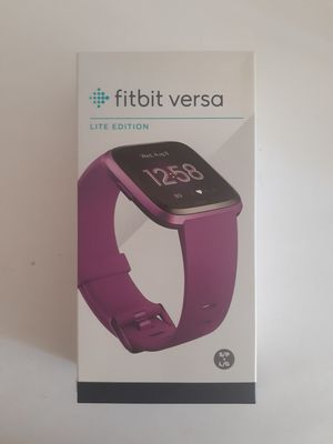 NEW Fitbit Versa Lite Fitness Smartwatch S/L Band for Sale in Daly City, CA