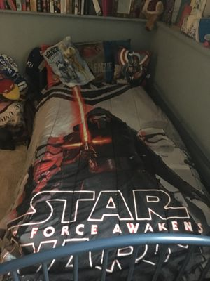 Star Wars Twin Bed Set with a black fitted and black regular sheet. Reversible Star Wars comforter, along with two Star Wars pillow shams. Also inclu for Sale in Wichita, KS