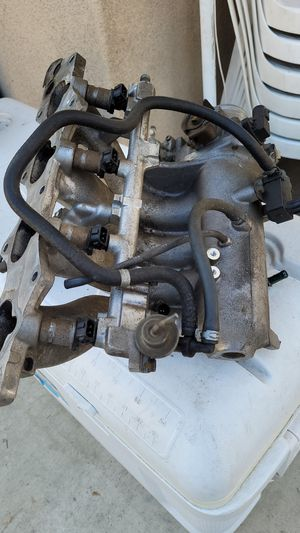 Acura integra intake manifold for Sale in Norwalk, CA