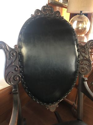 Antique rocking chair for Sale in Long Beach, CA