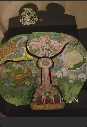 WDW Cast Member Magic Kingdom Disney Pin for Sale in Kissimmee, FL