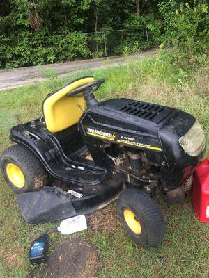 Se vende varias partes para a tractor separado o todo junto for Sale in Austin, TX