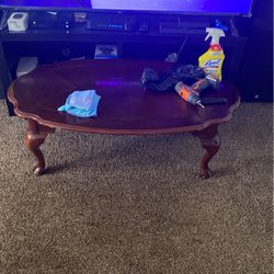 Coffee Table Match End Tables for Sale in Painesville,  OH