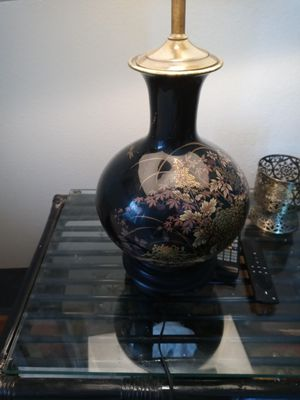 Antique chinese lamp for Sale in Cathedral City, CA