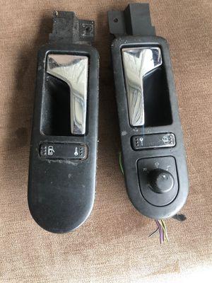 Used 2000-2005 Volkswagen interior door handles for Sale in Miami, FL