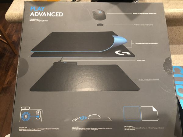 ALMOST NEW COMBO SET Logitech G930 wirelessMouse + wireless charging system (mouse pad)