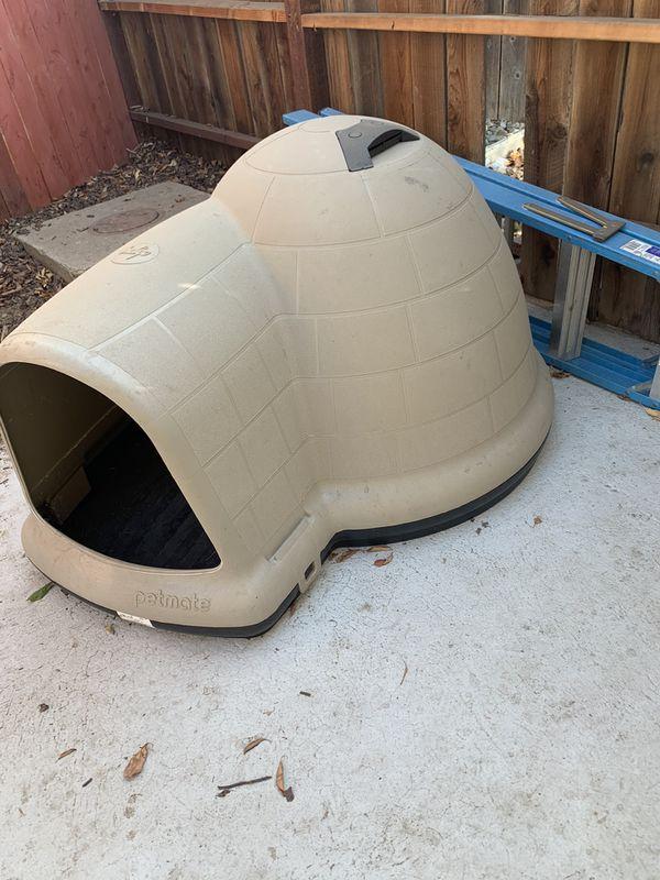 Dog Igloo House LARGE