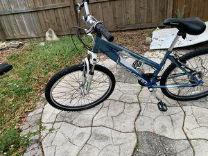 """Schwinn women's bike 26"""" 21 speed for Sale in Tampa, FL"""