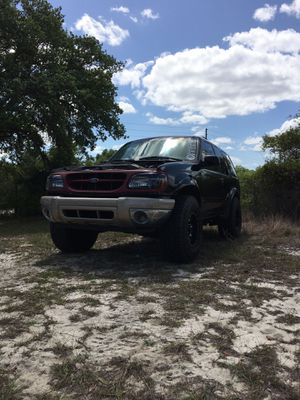 2000 Ford Explorer sport 4x4 for Sale in Lake Wales, FL