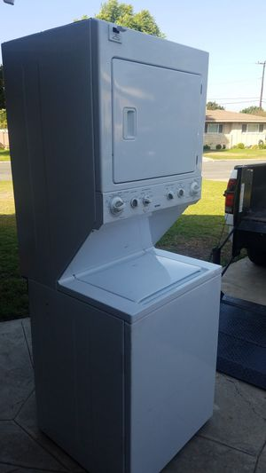 Kenmore Hevy Dury super Capacity Electric stackable washer and dryer for Sale in Garden Grove, CA