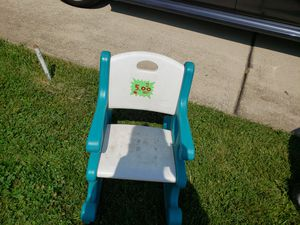 Rocking chair step2 $5.00 for Sale in Parkville, MD