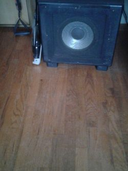 Bass cabinet Hartke 16 Ohm Speaker Factory Made Good Condition 50.00 for Sale in St. Louis,  MO