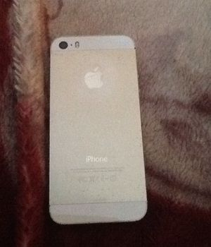 iPhone 5 gold no click bait.real for Sale in Forest Heights, MD