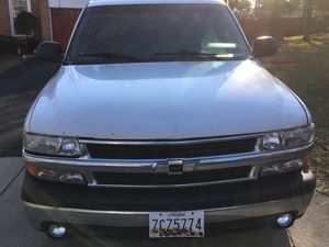 Chevy 2002 suburban for Sale in Silver Spring, MD