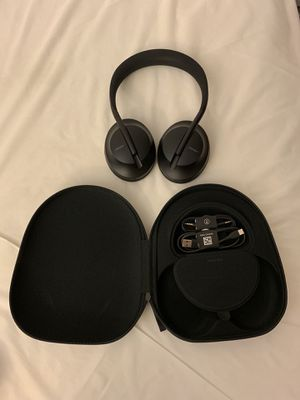 Bose 700 Noise Cancelling Headphones for Sale in San Marcos, CA