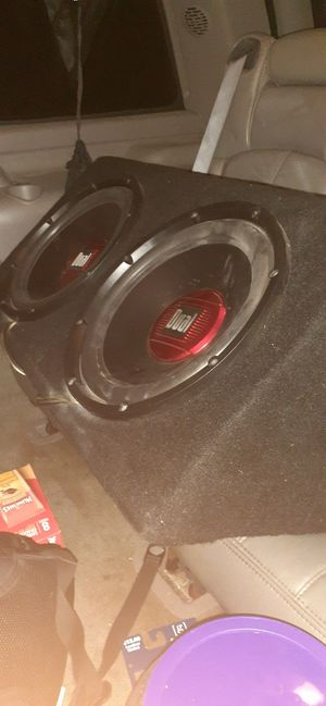 "Dual 12"" Subs and 600 watt amp in speaker box for Sale in NEW PRT RCHY, FL"