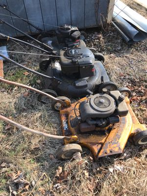 Lawn mowers for sale as is Ik one runs in the middle other ones check out yourself best offer takes them not asking much so throw a offer pick up onl for Sale in Bordentown, NJ
