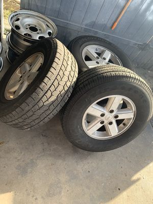 Jeep Tires and Wheel 17' for Sale in Tampa, FL