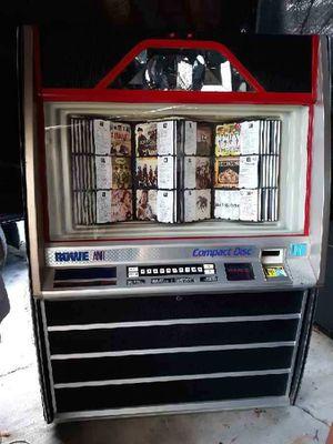 Bonita rocola de cds for Sale in Hazard, CA