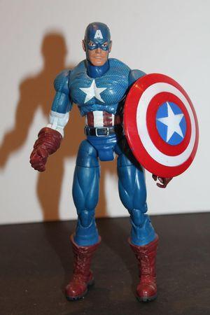 Custom Captain America Marvel Legends Loose Figure for Sale in Arlington, TX