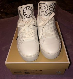 MK Shoes /Woman Tennis Shoes / Michael Kors for Sale in Los Angeles, CA