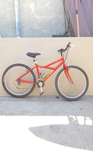 Bike cannondale female bike male bike for Sale in San Fernando, CA