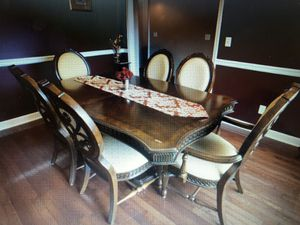 Dining Table seats 6 for Sale in Smyrna, TN