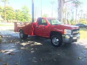 2008 Chevy Silverado 3500Hd Service Truck W/Lift Gate for Sale in Corona, CA