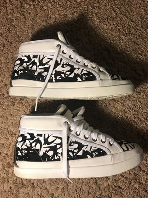 Alexander McQueen Midflock Sneaker Size 10 for Sale in Silver Spring, MD