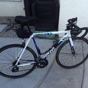 Carrera 350 Aluminio Cambio Por Traila for Sale in Las Vegas, NV